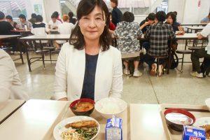 県立定時制高校夜間給食を試食