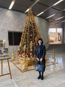 県庁本庁舎のクリスマスツリー