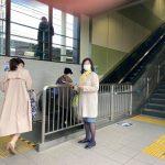 県議会報告駅頭配布/ 東千葉メディカルセンター告発問題