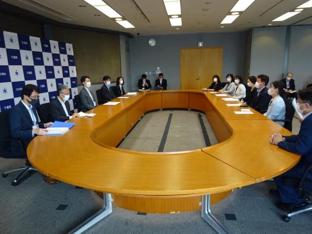 コロナ禍における「生理の貧困」緊急要望を熊谷知事と手交