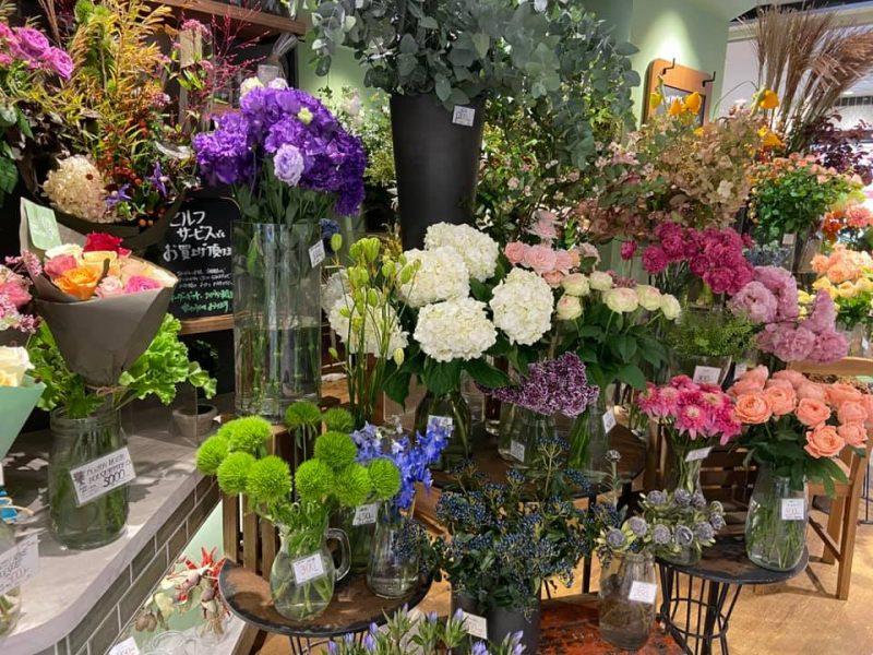 船橋駅ビルのお花屋さん